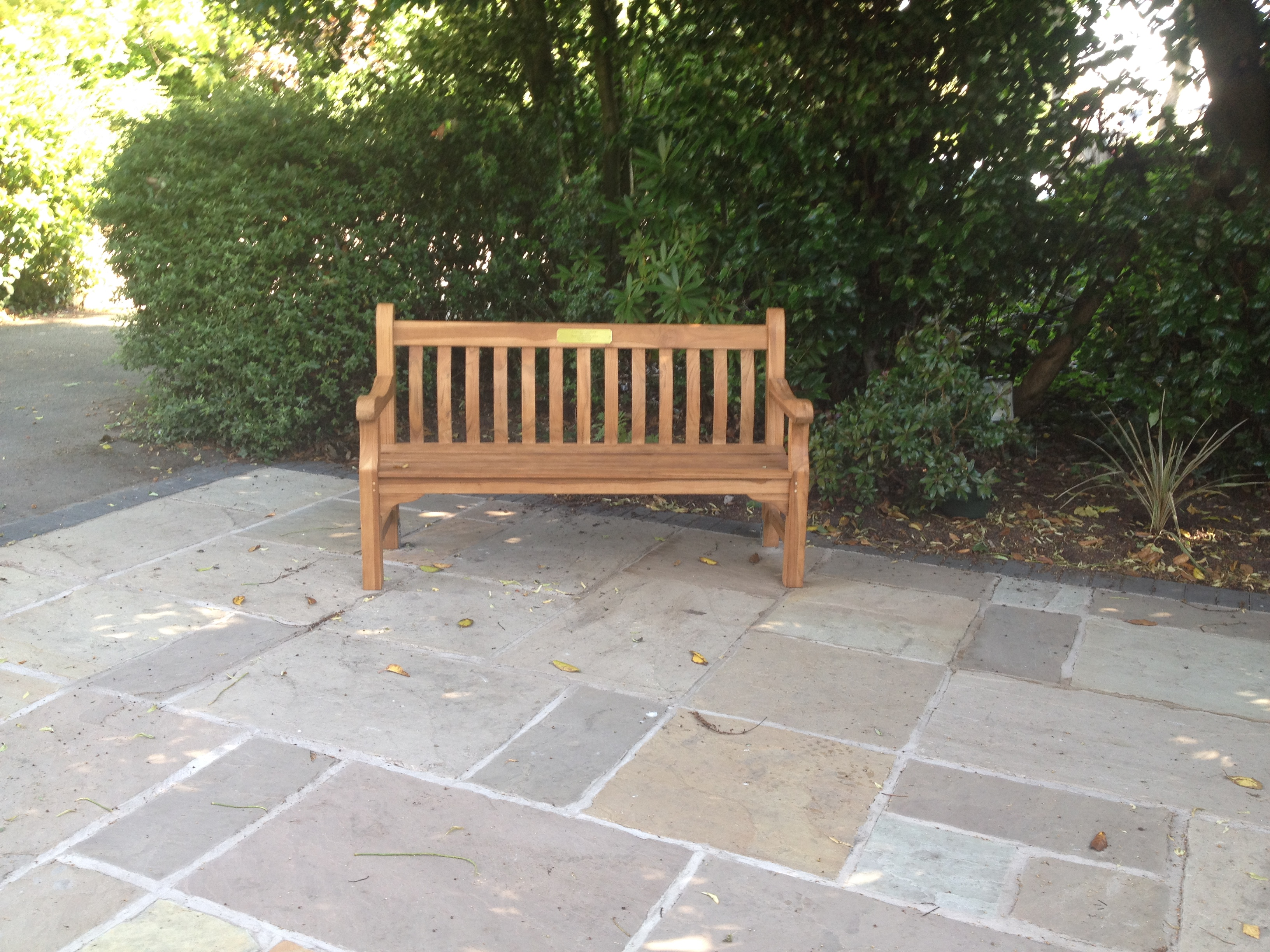 NEW TEAK BENCH WITH INSCRITPION